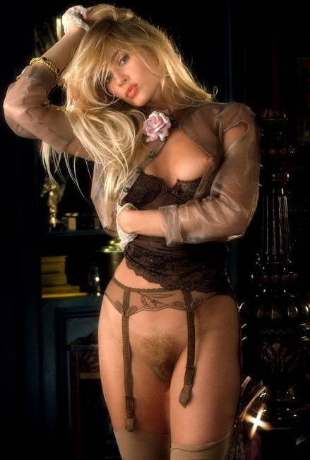 Actrice lindsey lohan naked nude or topless